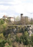 Blick vom Hockstein auf die Burg Hohnstein
